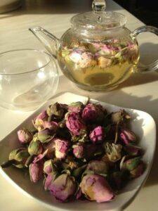 Benefits of Rose Tea