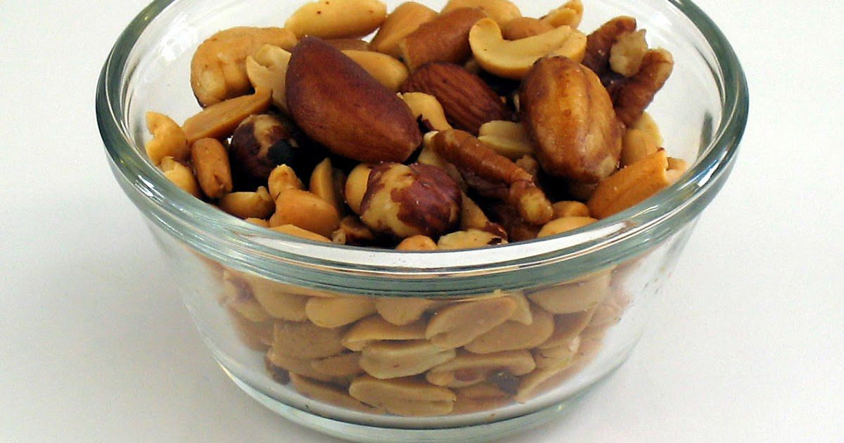 vitamins in pecans