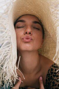 lip scrub benefits