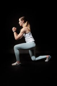 lunges leg and shoulder workouts