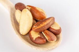 Daily serving can boost various health benefits of Brazil nuts.