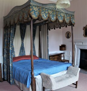 different types of beds
