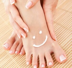 Home remedies for cracked heels -what causes cracked heels