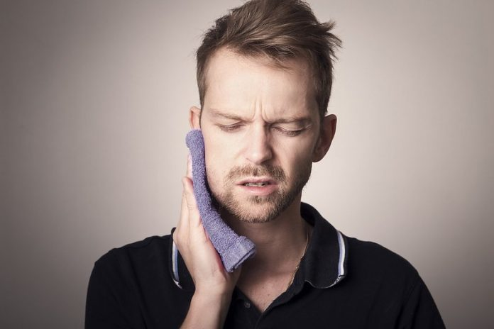 Symptoms of dental infection spread to the body
