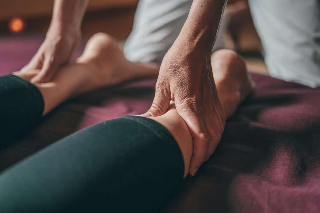 Poor circulation in legs symptoms